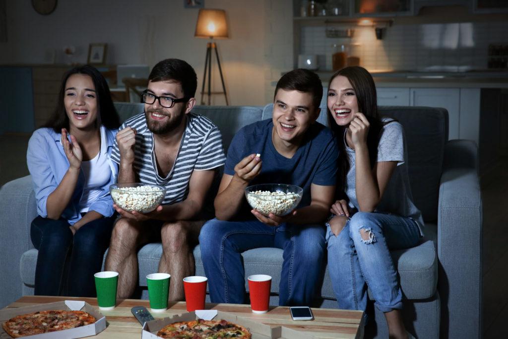 Фильмы для просмотра: как выбирать фильмы, категории фильмов, что такое виртуальное кино, платформы для просмотра, Netflix